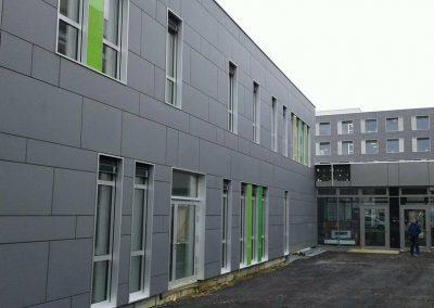 Njemačka, Bonn – Postavljanje prozorskih elemenata kao i postavljanje kontinuirane aluminijske fasade (Raico sistem).