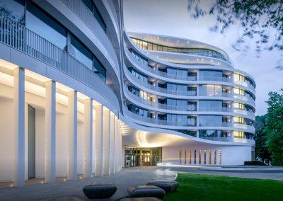 Njemačka, Hamburg (Fontenay) – Ugradnja čelične fasade i stakljenje (Raico sistem)